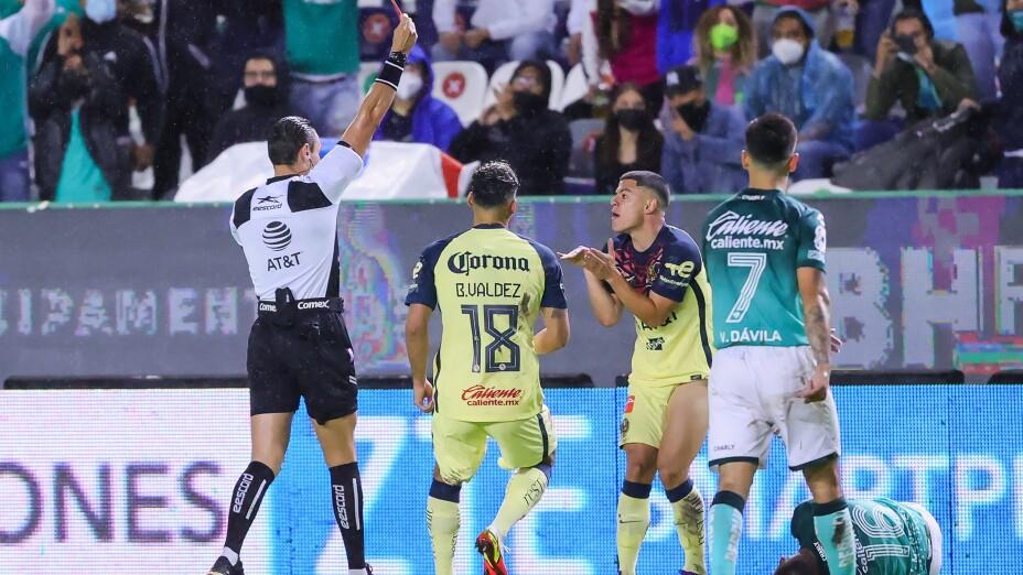 Liga BBVA MX Apertura Grita Mexico 2021 Leon vs America
