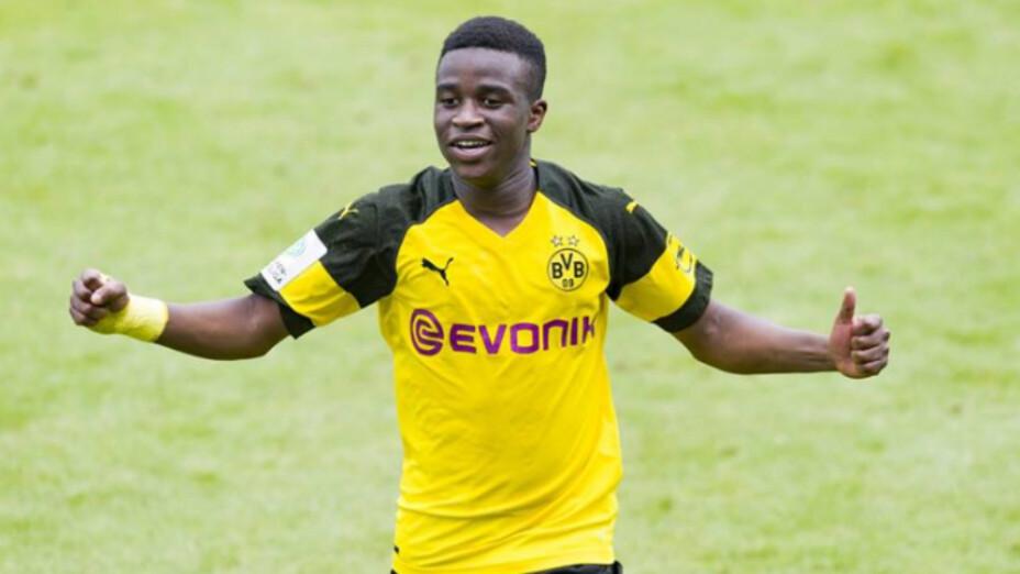 Youssoufa Moukoko, la estrella del Borussia Dortmund que cobra 6000 euros a la semana