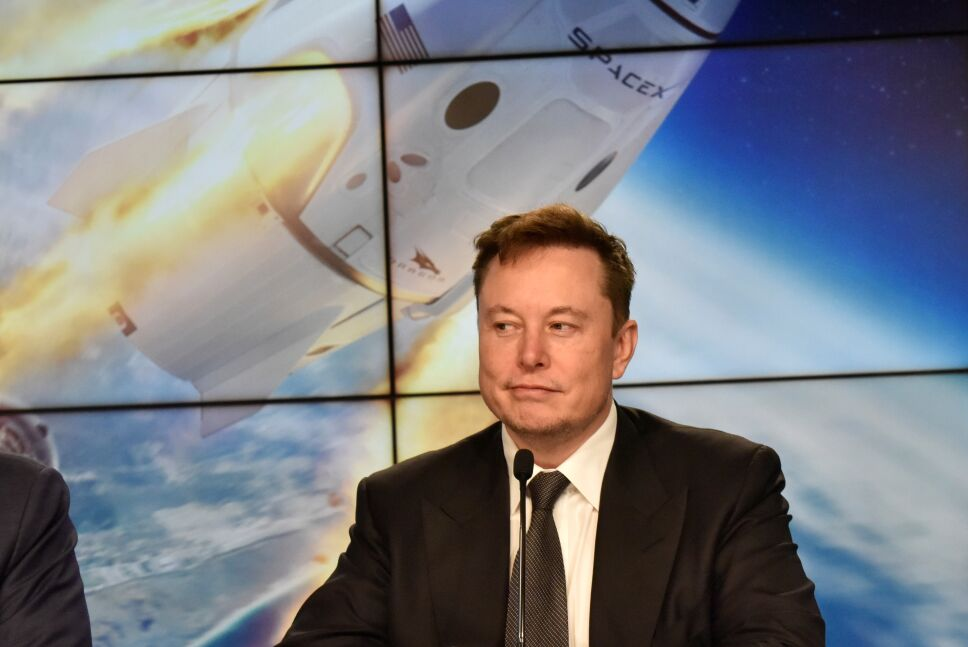 FILE PHOTO: SpaceX founder and chief engineer Elon Musk attends a post-launch news conference to discuss the  SpaceX Crew Dragon astronaut capsule in-flight abort test at the Kennedy Space Center