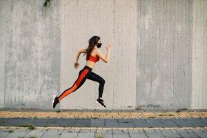 ¿Cómo correr con cubrebocas sin fracasar en el intento?