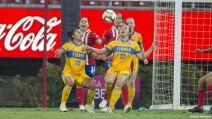 15 Chivas vs Tigres final liga mx femenil 2021.jpg