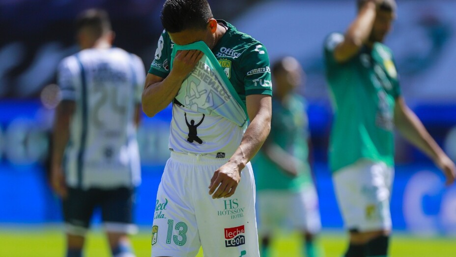 Pachuca vs León liga bbva mx int.jpg