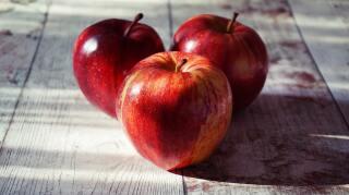 Poderosos beneficios del vinagre de manzana que debes conocer