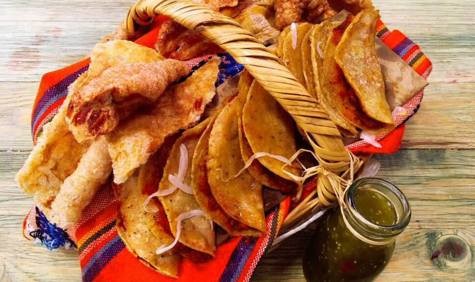 Receta Tacos de canasta de chicharrón Cocineros Mexicanos