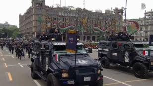 Presidente Peña Nieto autoriza inicio de Desfile Militar