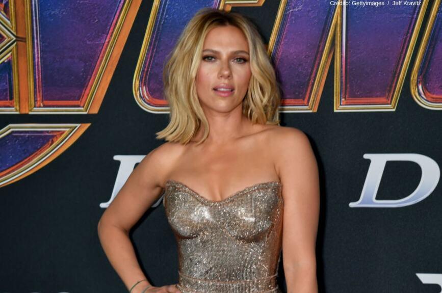 Scarlett Johansson encabeza la lista gracias a su participación en las películas de Avengers. Se estima un ingreso de 40,5 millones de dólares en los últimos dos años. En septiembre de 2014 se convirtió en mamá.