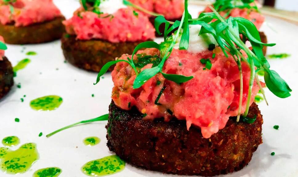 Receta Tortitas de garbanzo con carne tártara