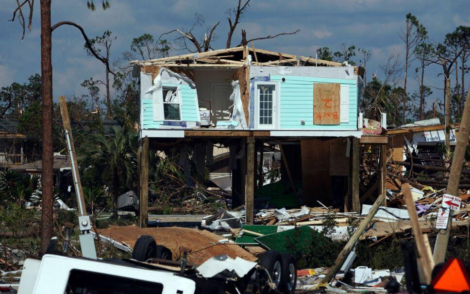 El sueño de muchos de vivir a la orilla del mar en Florida, se convirtió en una pesadilla.