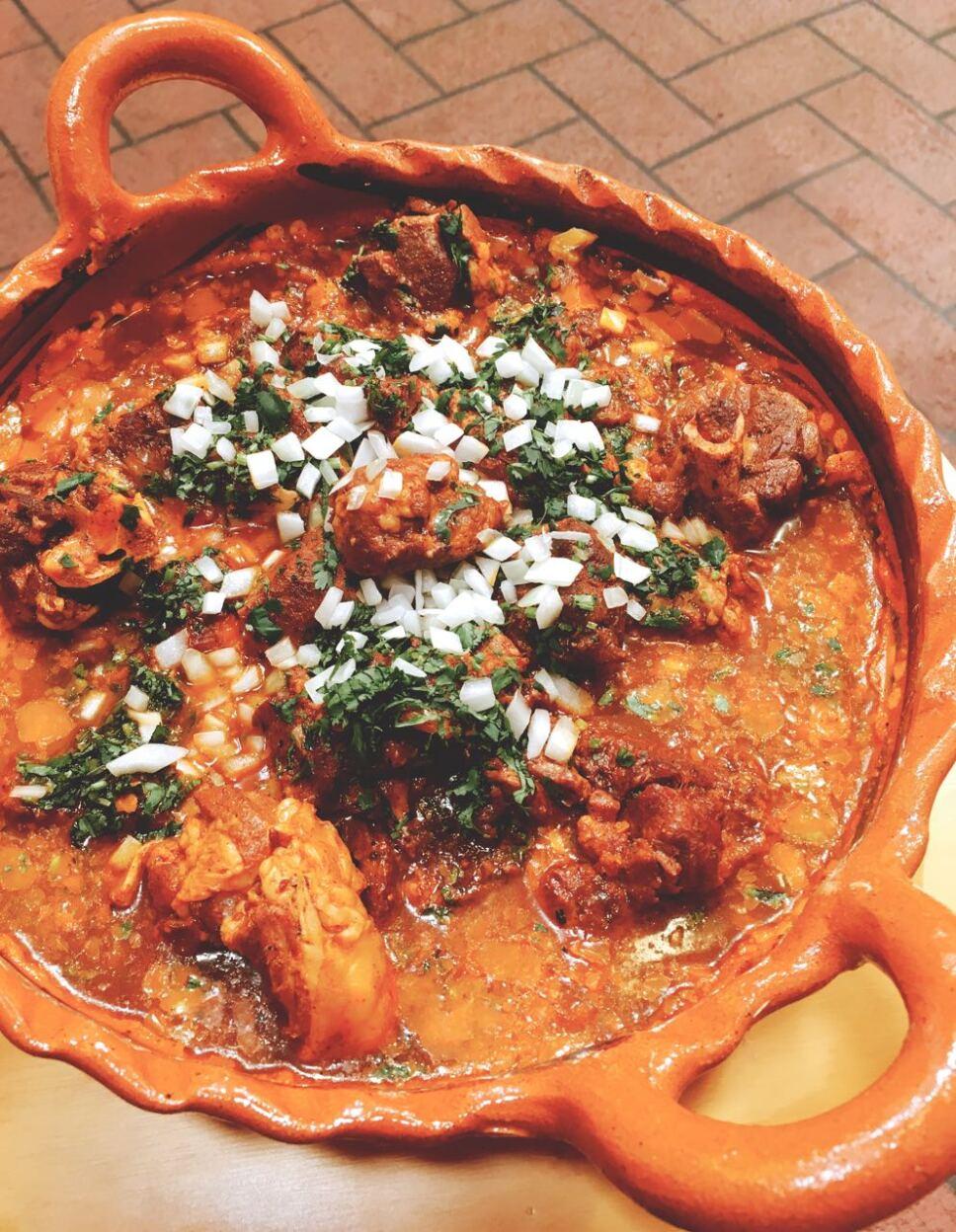 Birria, cocineros mexicanos