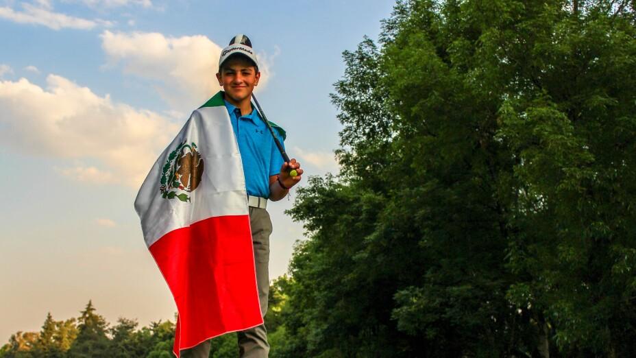 El golfista mexiquense Frank Cabeza es una promesa del golf nacional
