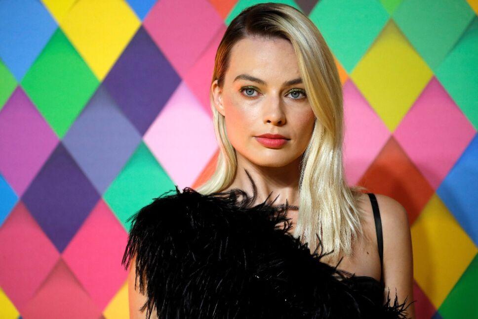 La rutina de pilates que te ayudará a conseguir el cuerpo torneado de Margot Robbie