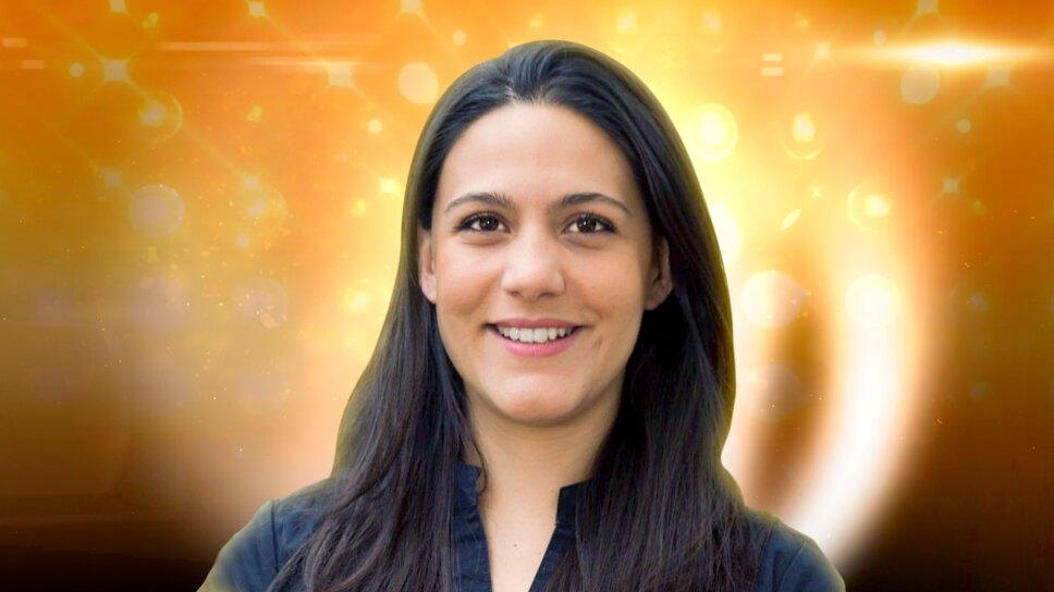 maestra Rosa Virgen la academia