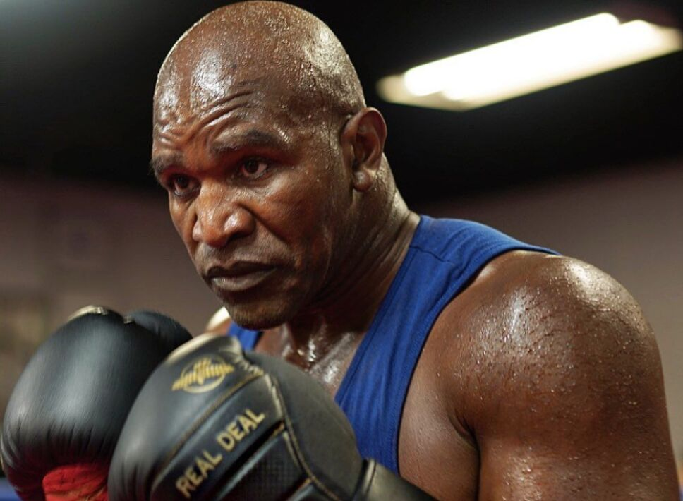 Evander Holyfield boxeador
