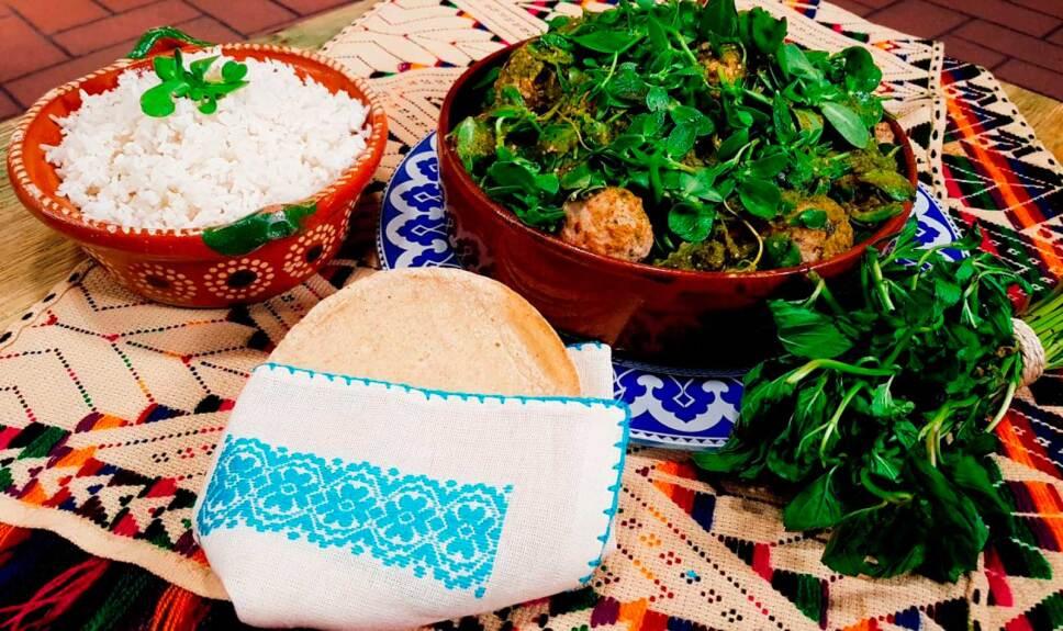 Receta Albóndigas de cerdo en salsa verde con verdolagas