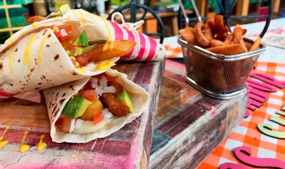Burrito tragón de nuggets y papas a la francesa Venga la Alegría
