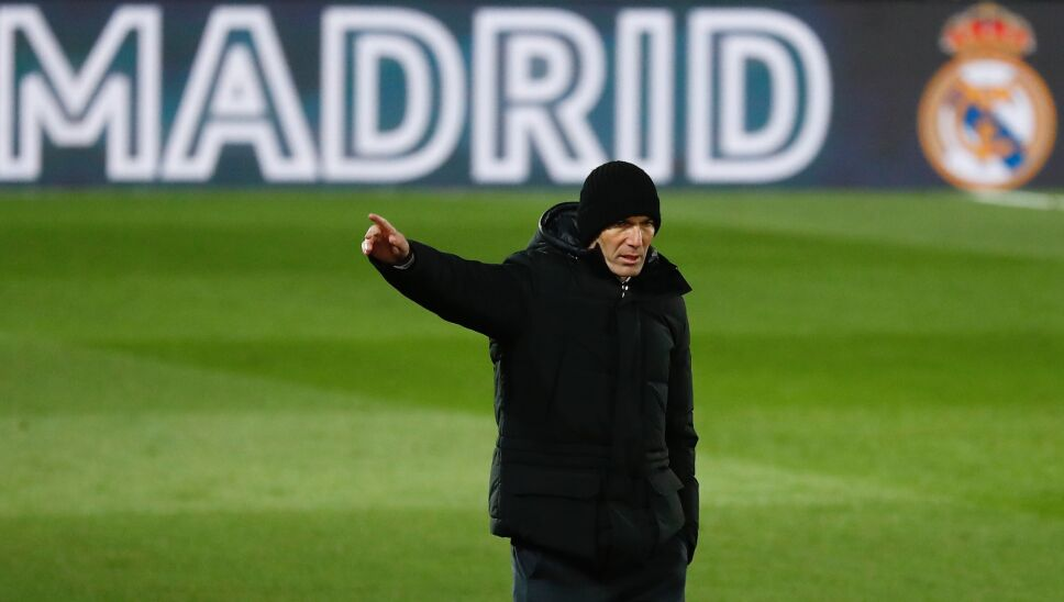 Zinedine Zidane dejó en duda su continuidad con el Real Madrid