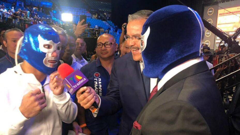 Blue Demon Jr. regaló su máscara a Pacquiao