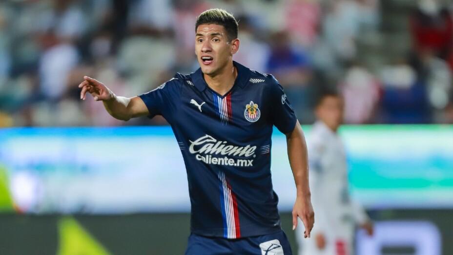 Uriel Antuna, en un juego con Chivas