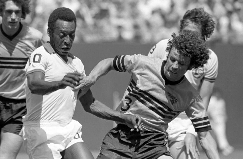 El Rey Pelé enfrentó a los legendarios Chicago Sting.