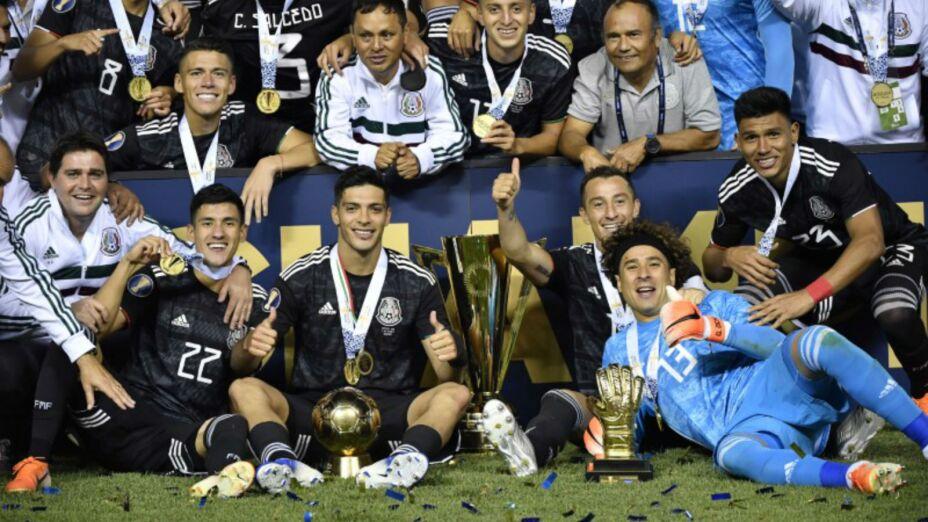 Foto de archivo de selección de México celebrando la obtención de la Copa de Oro de la Concacaf tras vencer a Estados Unidos. Estadio Soldier Field. Chicago, Illinois, EEUU. 7 de julio de 2019. Imagen: Reuters