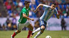 2 futbolistas mexicanos Juegos Olímpicos Río 2016.jpg