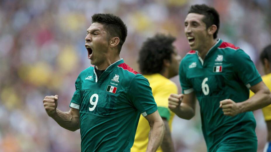 Futbol: Oribe Peralta