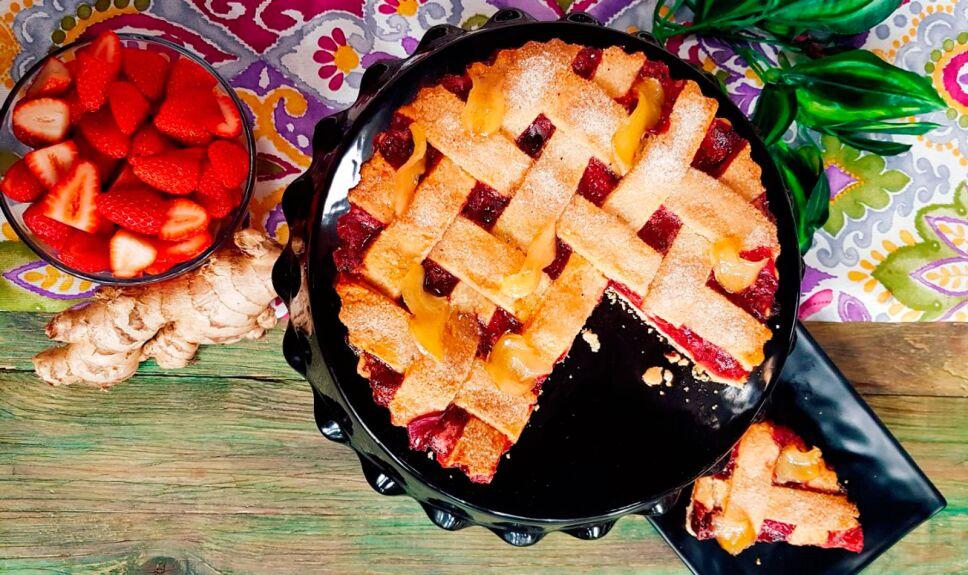 Tarta de fresas con jengibre