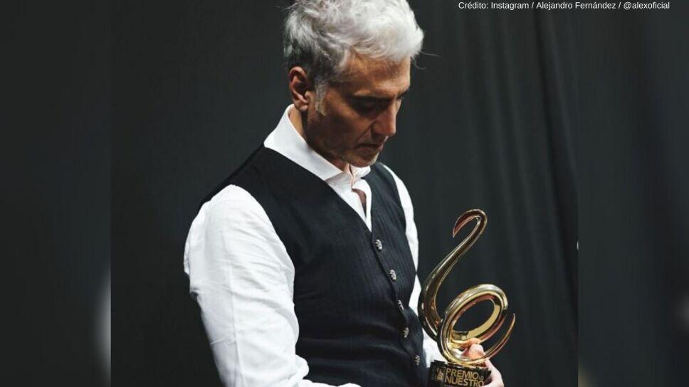 Alejandro Fernández dedicó un mensaje a Vicente Fernández en los Premios Lo Nuestro.