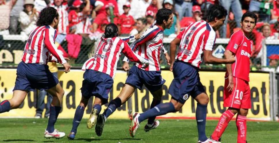 CHIVAS APERTURA 2006