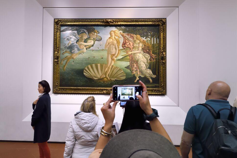 Italy tuscany florence unesco galleria degli uffizi uffizi gallery museum sandro botticelli