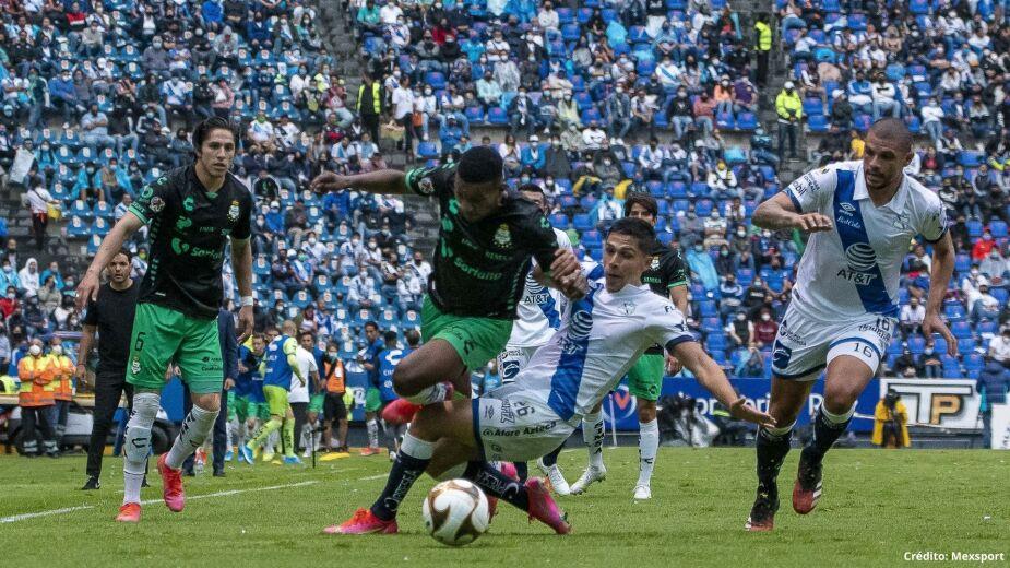 18 Puebla vs Santos Semifinales de vuelta liga mx 2021.jpg