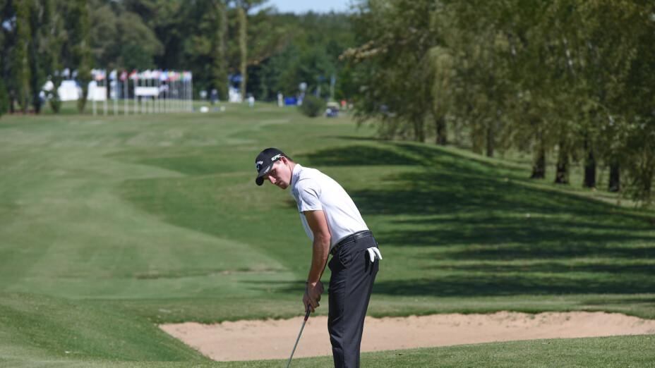 Brandon Matthews lidera el The Club at Weston Hills Open
