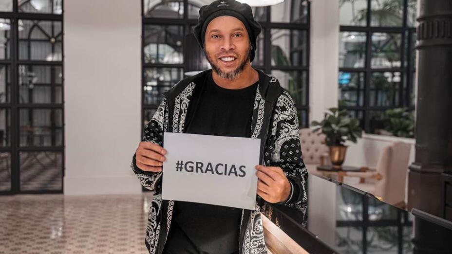 Ronaldinho Paraguay