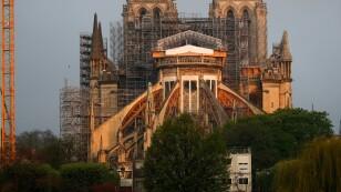 Catedral de Notre Dame de París antes de las celebraciones de Pascua