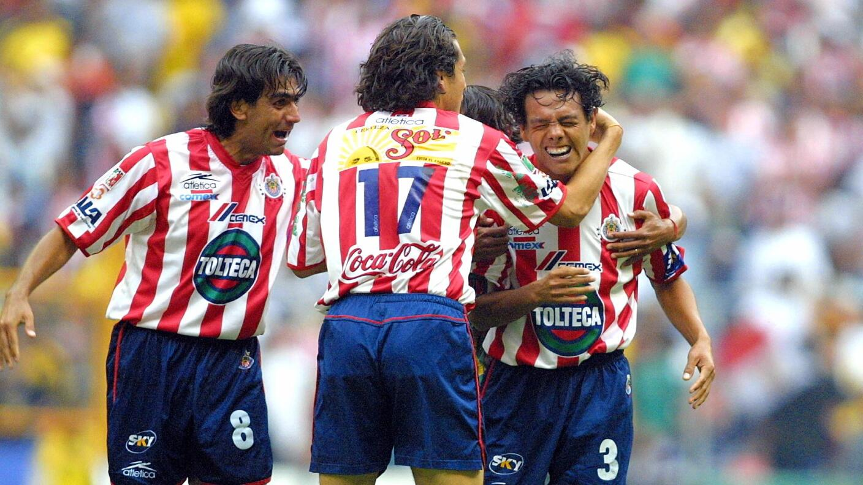 """América 2-3 Chivas, Verano 2002. Joel """"Tiburón"""" Sánchez selló la remontada rojiblanca sobre el América de Zamorano"""