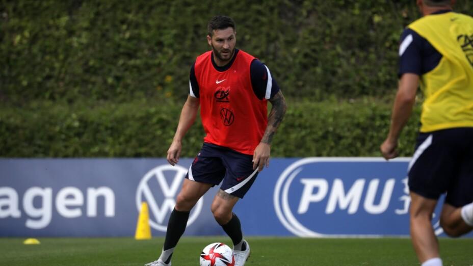 Gignac entrena con la Selección de Francia