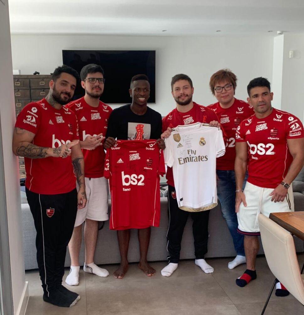 Vinicius Jr. con Flamengo esports
