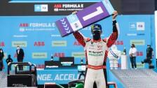 El brasileño Lucas Di Grassi triunfó en Puebla.