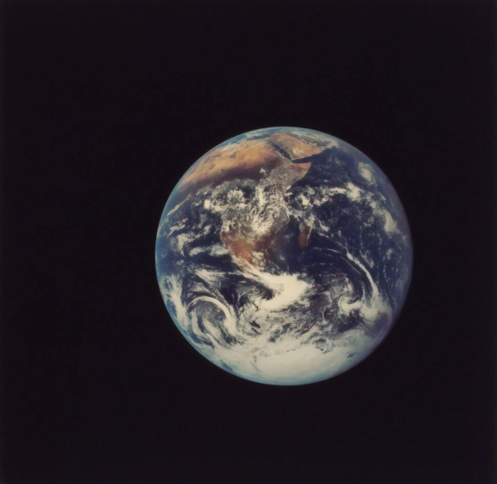 planeta-tierra-cambio-climatico-vista-desde-el-espacio.jpg