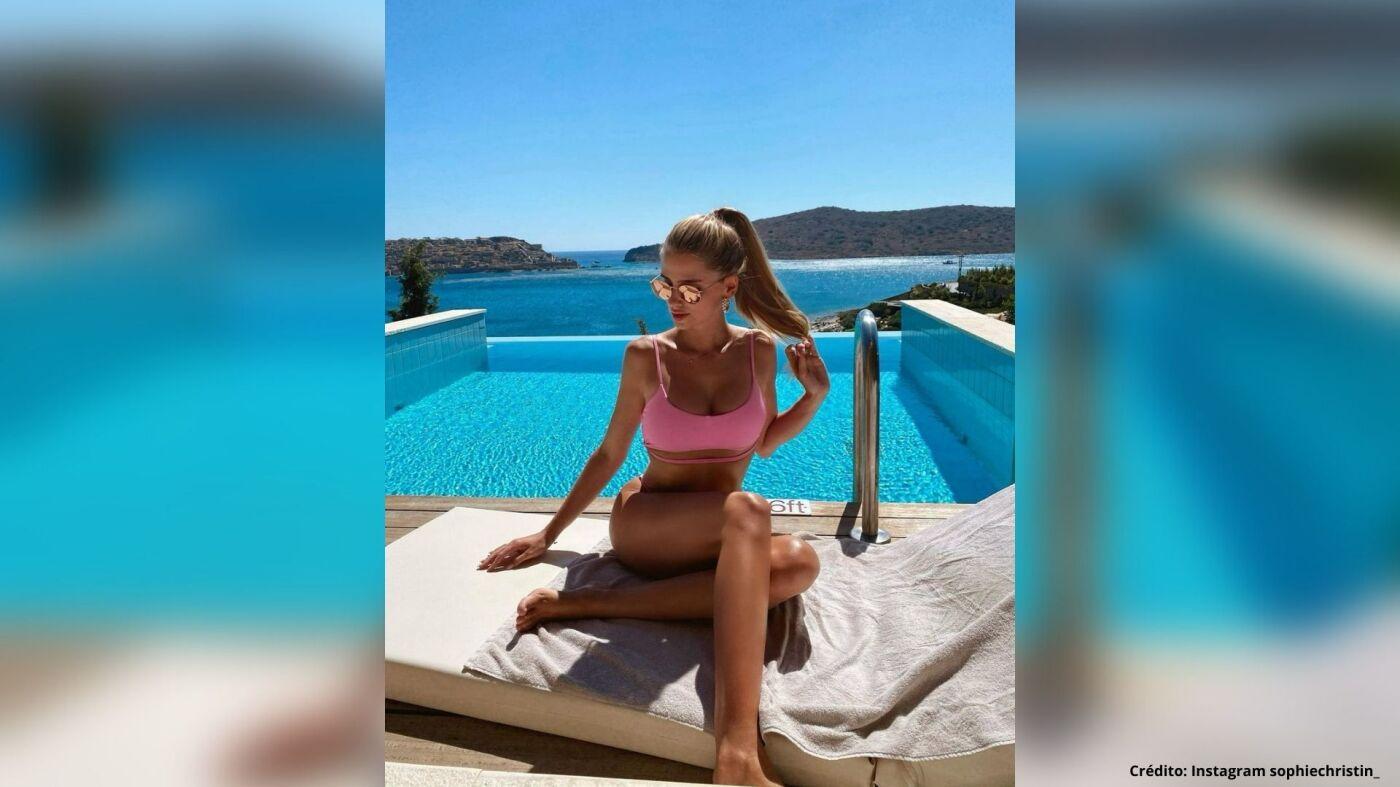11 Sophie Christin bernd leno instagram fotos.jpg