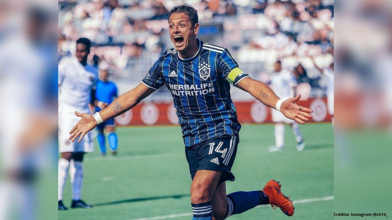 4 Javier Chicharito Hernández LA Galaxy MLS.jpg