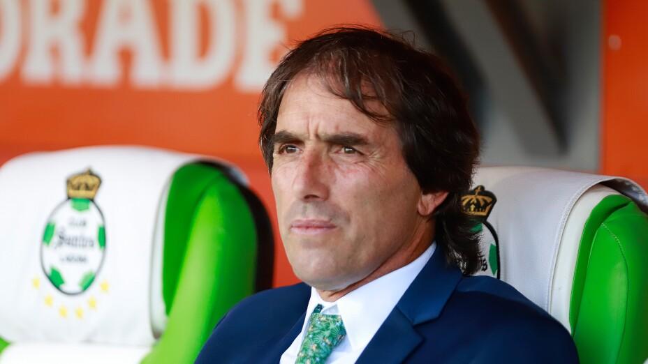 Guillermo Almada, entrenador de Santos Laguna