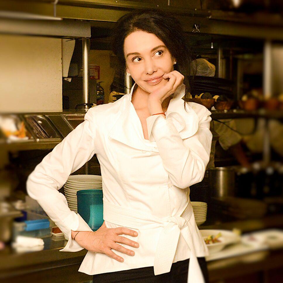 """La chef mexicana, Martha Ortiz, celebra el primer aniversario de su restaurante """"Ella Canta"""", en Londres / Foto: Cortesía"""