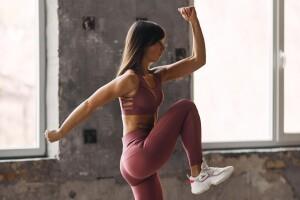 5 ejercicios que deberás incluir en tu rutina para tener un abdomen de acero