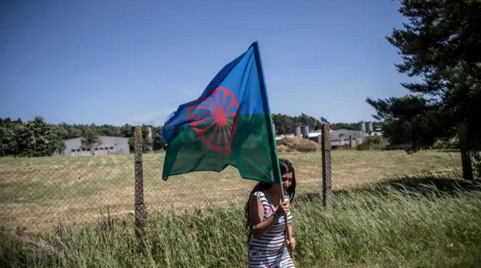 Bandera Romaní.jpeg