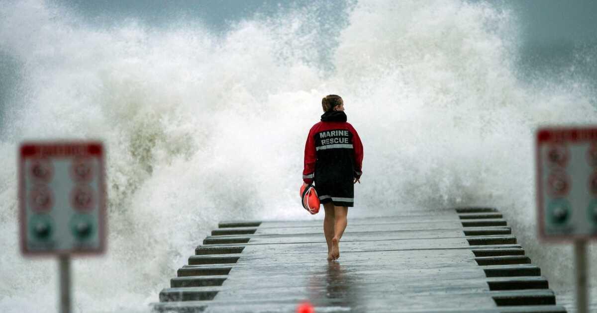 """Comienzan evacuación de poblaciones por tormenta """"Iota"""""""