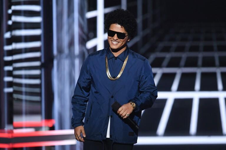 ¡Bruno Mars regresa a la música!
