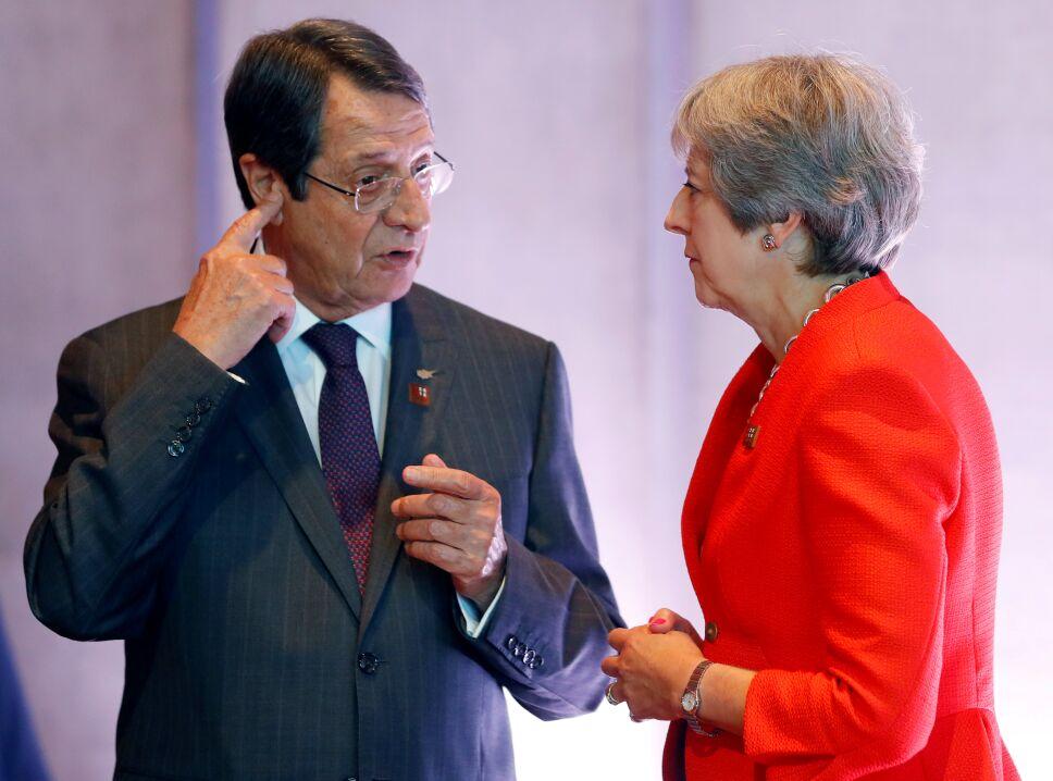 UE presiona a RU para lograr acuerdo sobre el Brexit