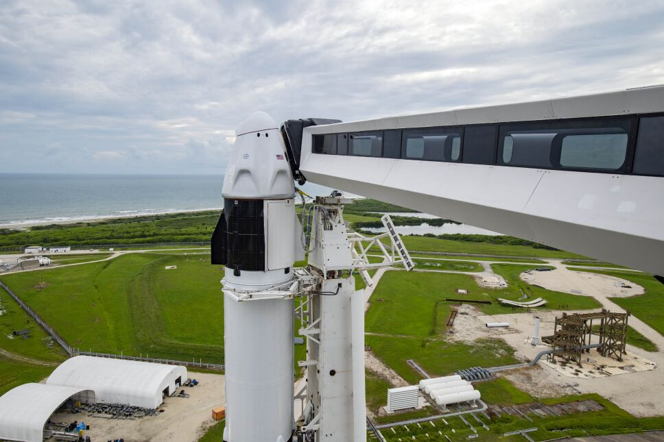 SpaceX tripulación totalmente civil