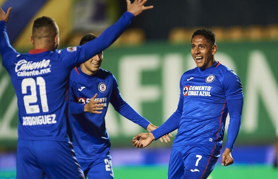 Gol de Cruz Azul - Luis Romo